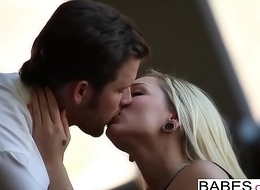 Babes.com - Dream Lover  starring  Rylie Richman with the addition of Brad Tyler clip